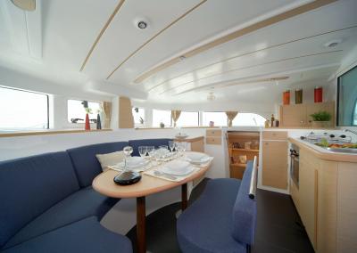 Alquiler-de-catamaran-Ibiza-Lagoon380-1.01.09