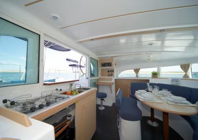 Alquiler-de-catamaran-Ibiza-Lagoon380-1.01.22