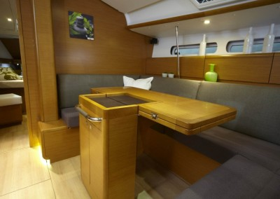 boat-439_interieur_20110202162958