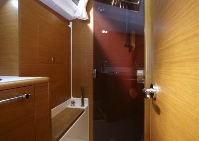 boat-439_interieur_20110202163112