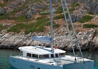 catamaran-lagoon-400s2_src_1