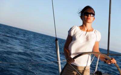 10 consejos para mujeres que deciden pasar unos días de vacaciones navegando en un velero