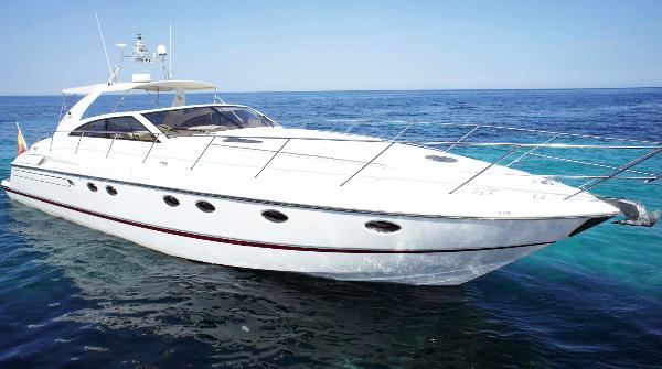 Alquiler Barcos Ibiza. Princess V55