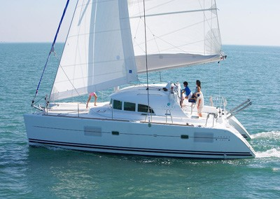 alquiler velero ibiza lagoon 38 2
