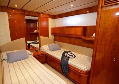 alquiler veleros ibiza astondoa 72 3