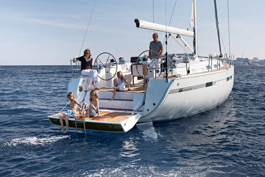 Sailboats for rent Ibiza. Boat rentals.