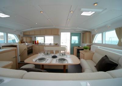 alquiler veleros ibiza lagoon 440 3