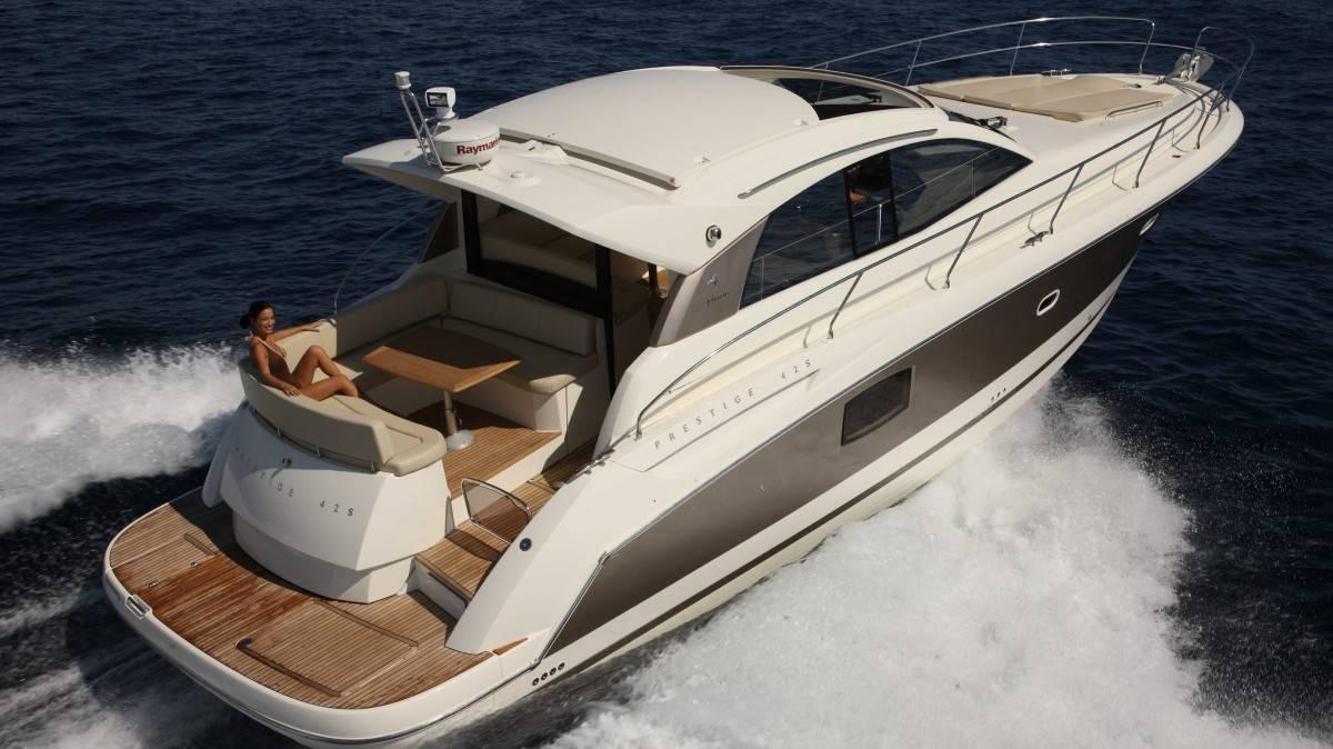 Alquiler de veleros ibiza Prestige 440 Sport