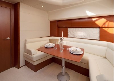 alquiler veleros ibiza prestige 440 sport 2