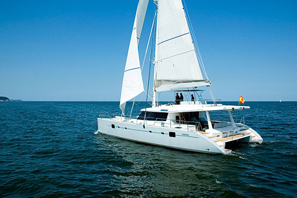 Alquile velero Ibiza sunreef dependeIV