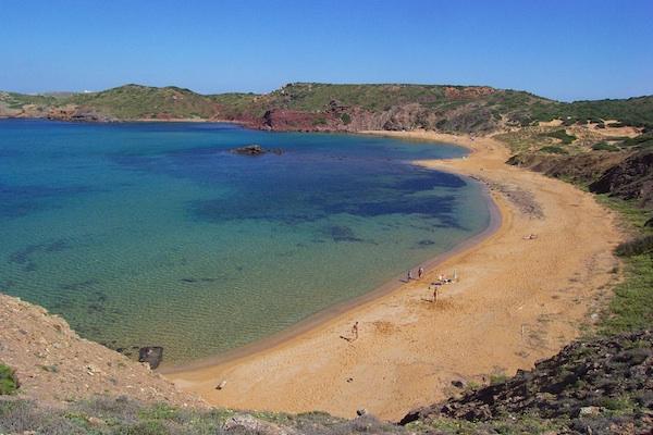 Playa-Cavalleria-Alquiler-de-veleros-Menorca