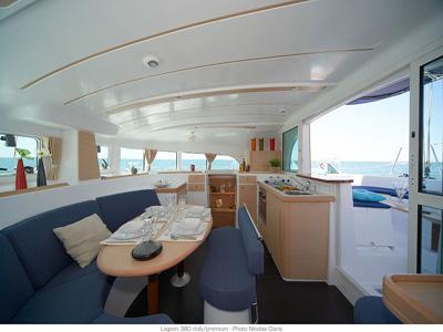 alquiler velero ibiza lagoon 38 4