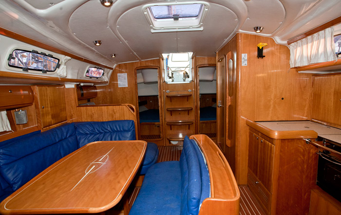 bavaria 46 interior