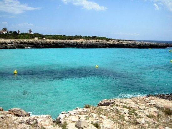 cala-en-bosc-Alquiler-de-veleros-Menorca