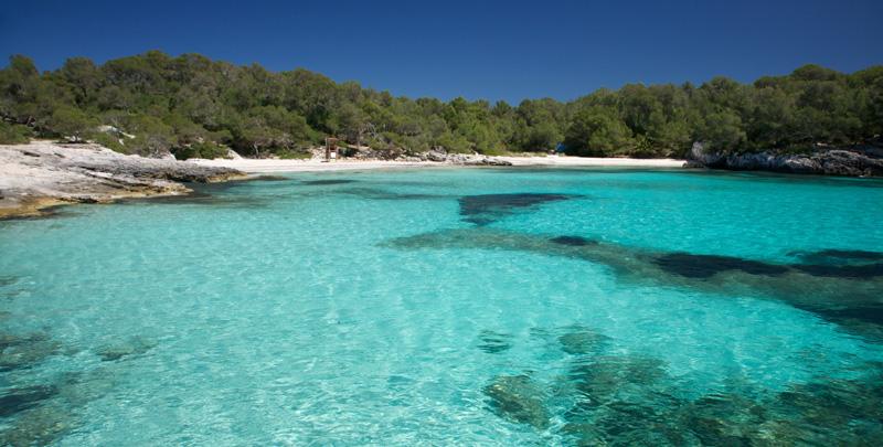 cala-turqueta-Alquiler-de-veleros-Menorca