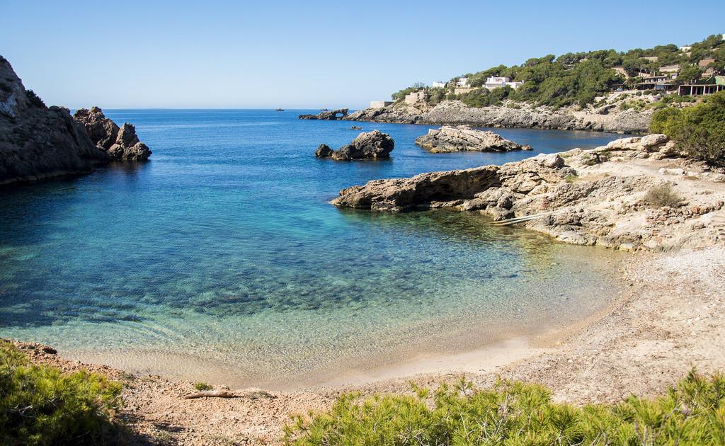 beach_Cala-Olivera-jpg