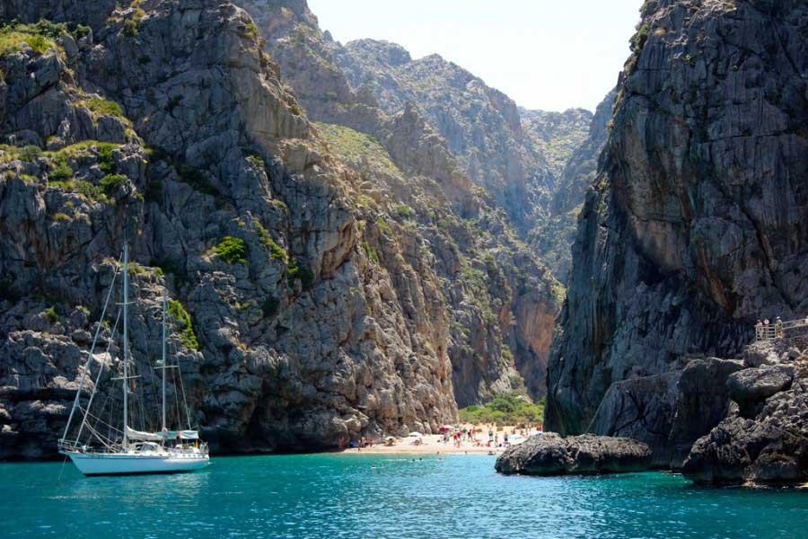 Isla de Mallorca, Calas para navegar por Mallorca