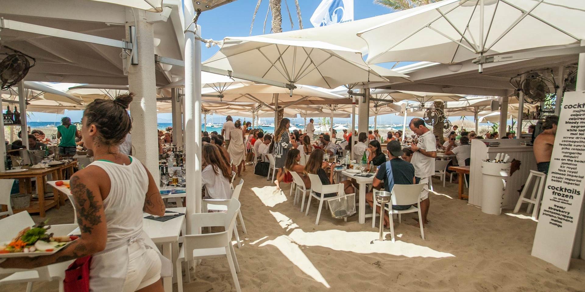 alquiler-barcos-ibiza-veleros- catamaranes- yates-restaurante Juan y Andrea illetas jpg