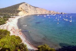 ibiza-cala-jondal- Alquiler de barcos Ibiza y Formentera Alquiler de veleros Alquiler de Catamaranes Alquiler de Yates Alquiler de Lanchas Motoras