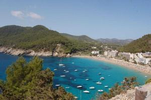 ibiza-cala-san-vicente Alquiler de barcos Veleros Catamaranes Yates Lanchas Motoras Alquiler de barcos en Ibiza Formentera Mallorca Valencia