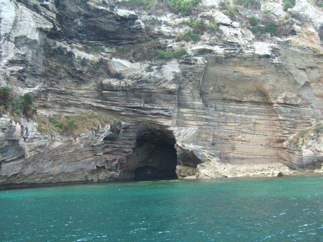 alquiler-barcos-ibiza-cuevas-formentera 2 Veleros Catamaranes-yates-lanchas-motoras jpg