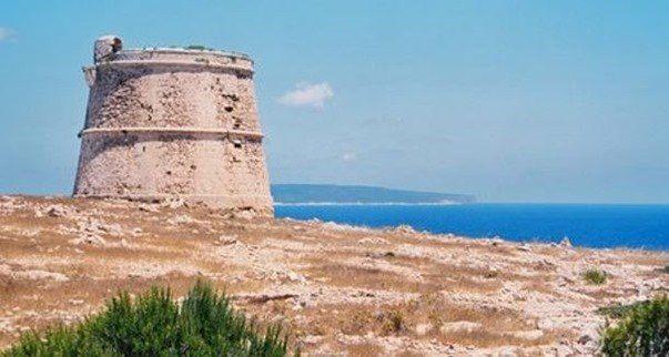 alquiler-barcos-ibiza- veleros-catamaranes-yates-motoras torre cap barbaria patrimonio artistico jpg