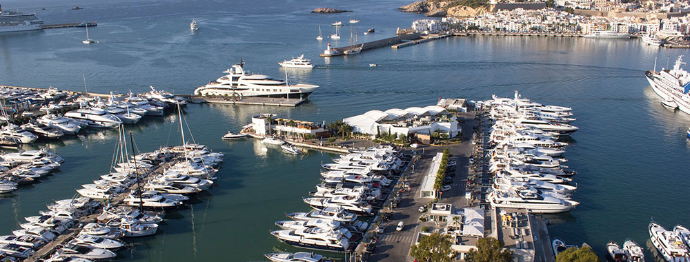 alquiler- de-veleros-en-ibiza-catamaranes-yates-lanchas-motoras jpg