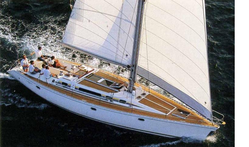 velero con tripulacion