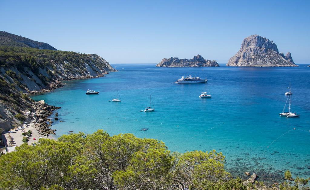 alquiler de barcos Ibiza cala d`'Hor