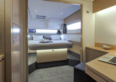 alquiler-catamaranes-Ibiza-Saba50-r5d1306-950x570