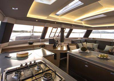 alquiler-catamaranes-Ibiza-Saba50-r5d1381-950x570