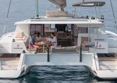 alquiler-de-barcos-Helia44photo-6-helia-950x570