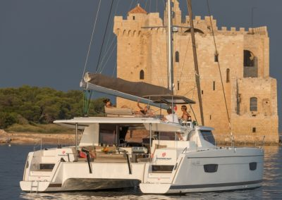 alquiler-de-barcos-Helia44photo-7-helia-950x570