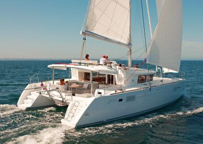 alquiler-de-barcos-en-Ibiza-Lagoon450-5.08
