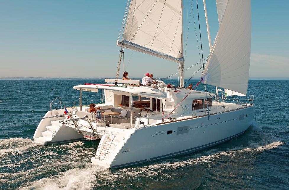 Alquiler de catamaranes Ibiza Lagoon 450