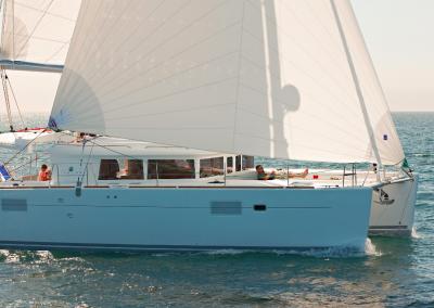 alquiler-de-barcos-en-Ibiza-Lagoon450-5.20
