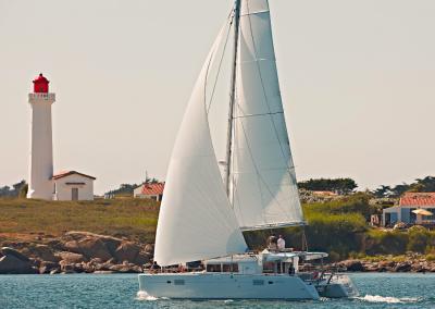 alquiler-de-barcos-en-Ibiza-Lagoon450-5.56