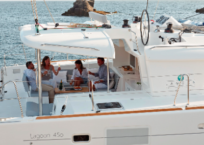 alquiler-de-barcos-en-Ibiza-Lagoon450-8.53