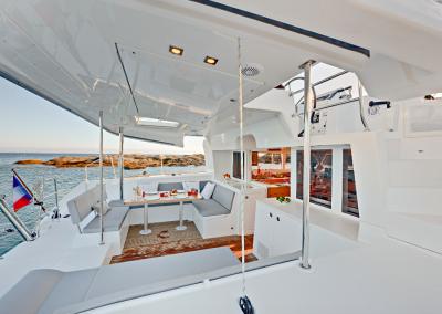 alquiler-de-barcos-en-Ibiza-Lagoon450-9.44