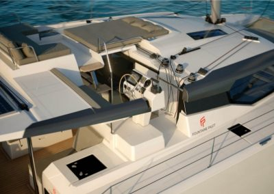 alquiler-de-catamaran-Fontaine-Pajot-New4711-950x570