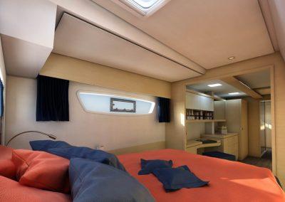 alquiler-de-catamaran-Fontaine-Pajot-New4716-950x570