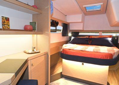 alquiler-de-catamaran-Lucia40-2-1-950x570