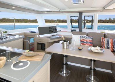 alquiler-de-catamaran-Lucia40-8-950x570