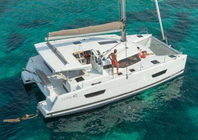 Alquiler catamaran lucia