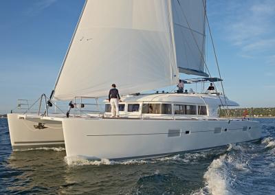 alquiler de catamaran ibiza lagoon 620 -7.40