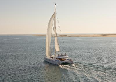 alquiler de catamaran ibiza lagoon 620 -9.23