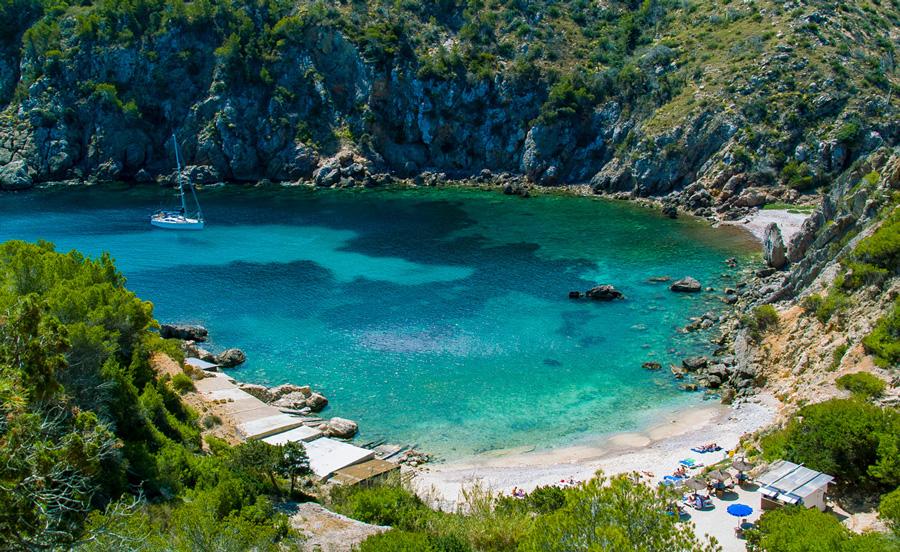 Alquiler barcos Ibiza cala d,en serra jpg