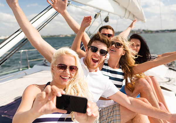 Alquilar un barco para ese evento especial