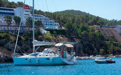 La Ley pone freno a la piratería en el sector del alquiler de barcos