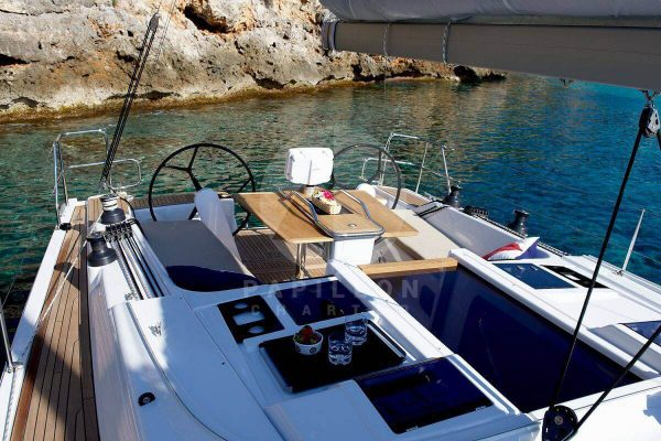 exterior de velero hanse 415 alquiler de veleros en ibiza